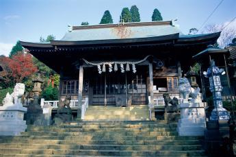 아리타 스에야마 신사(有田陶山神社)